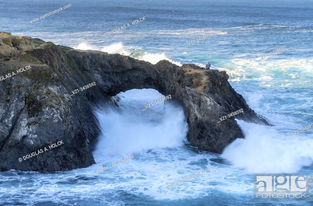 Imagen: Not My Place to Fish Mendocino Coast CA USA.