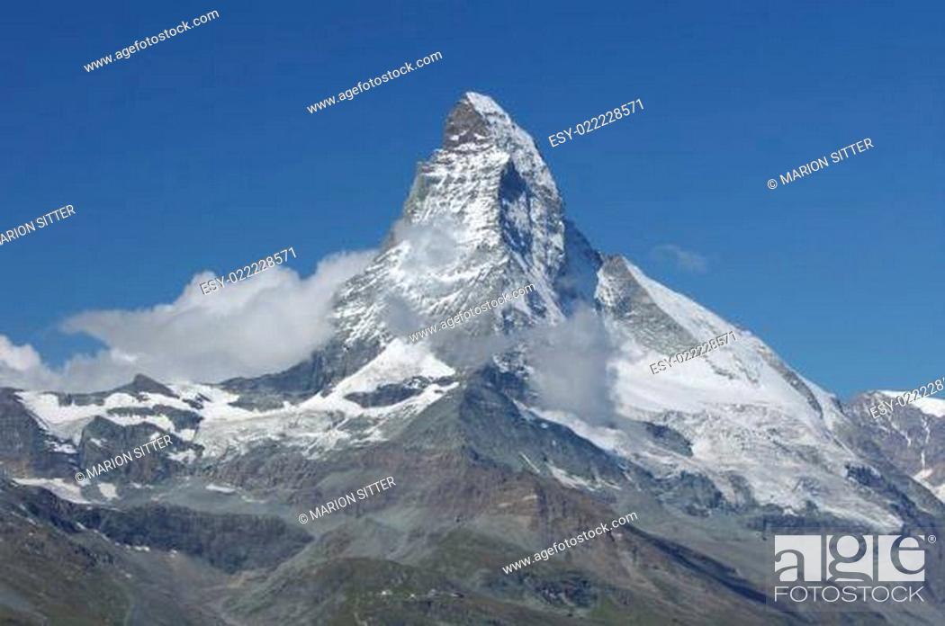 Stock Photo: Matterhorn - Königin der Berge.