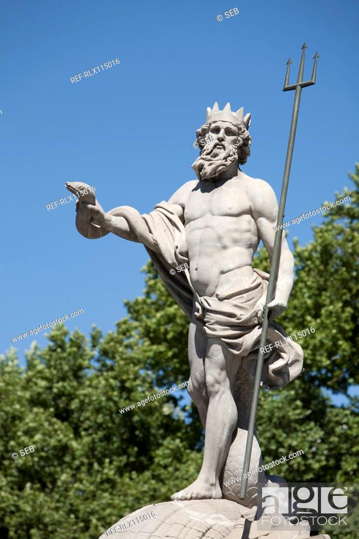 Stock Photo: Neptune statue, Plaza Canovas, Madrid, Spain.