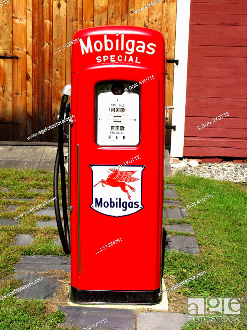 Stock Photo: Gas pump in yard in Shelburne Falls. Massachusetts, USA.