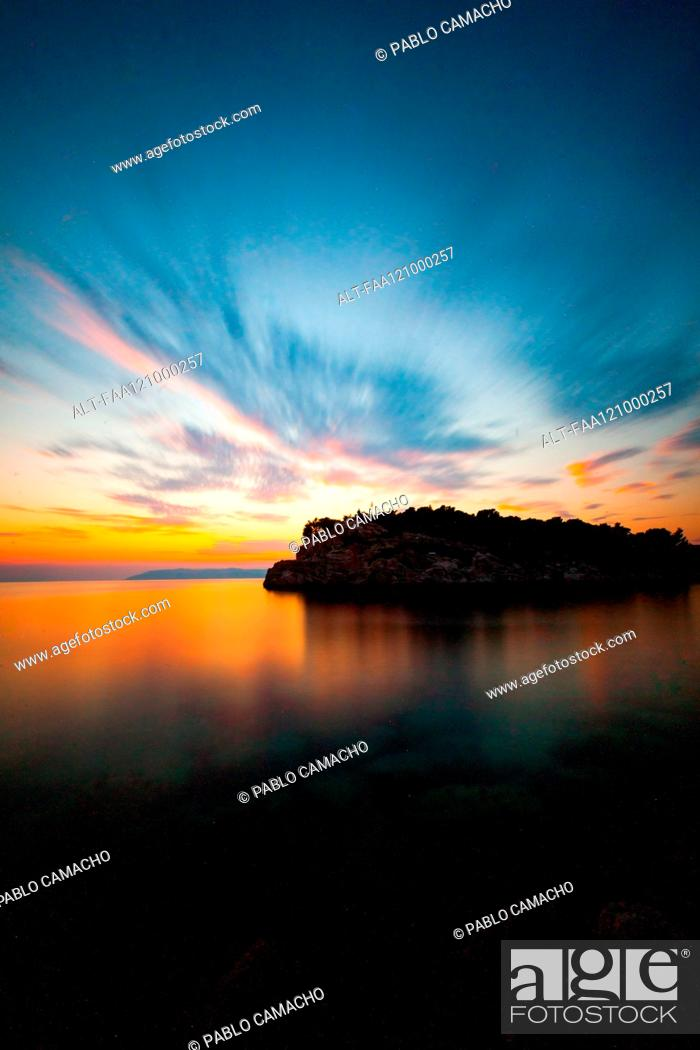 Stock Photo: View of island in sea.