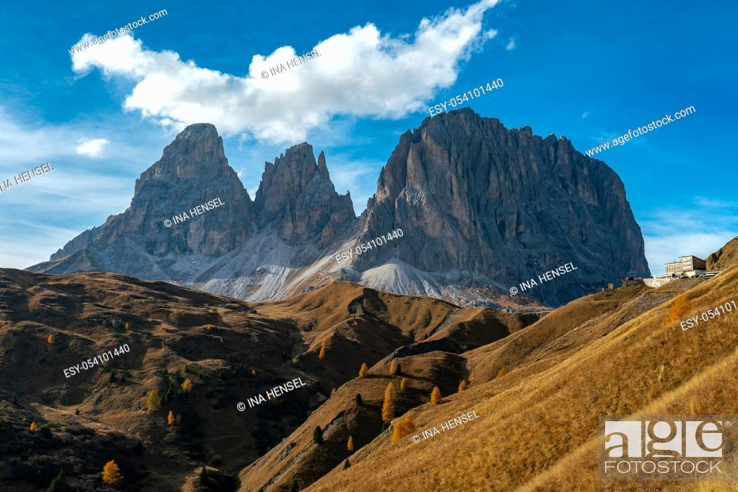 Stock Photo: Scenic view of the Langkofel and Plattkofel mountains in the italian Dolomites seen from the Sella pass with the Mariaflora refugio in the background.