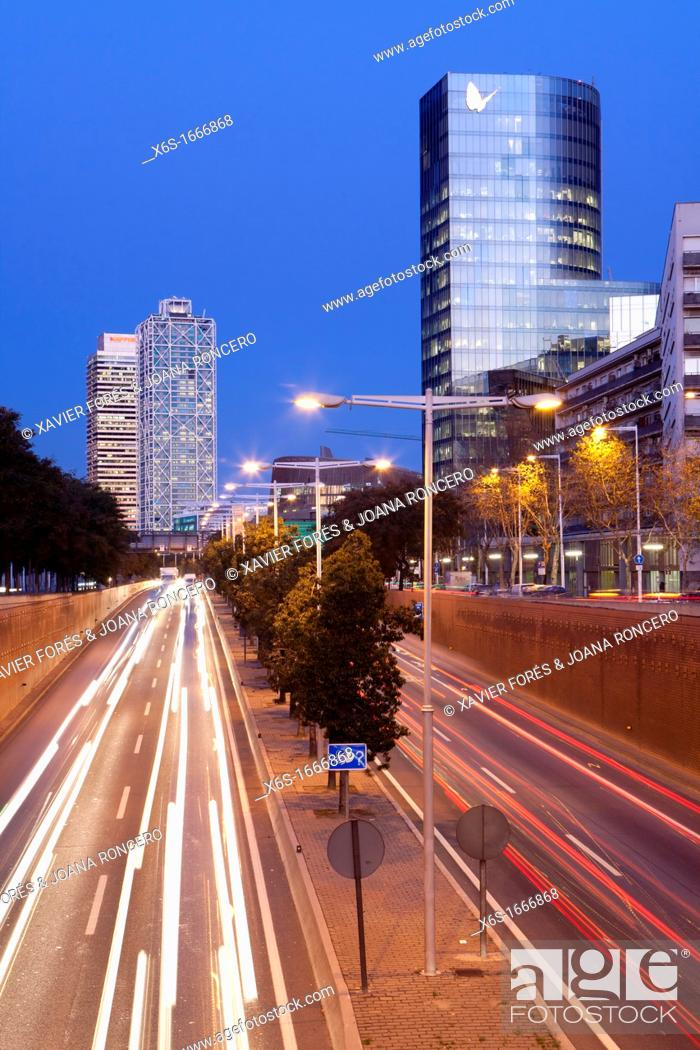 Stock Photo: View of the Mapfre Tower, Hotel Arts, Fenosa building and the ring road called Ronda Litoral, Barcelona, Spain.