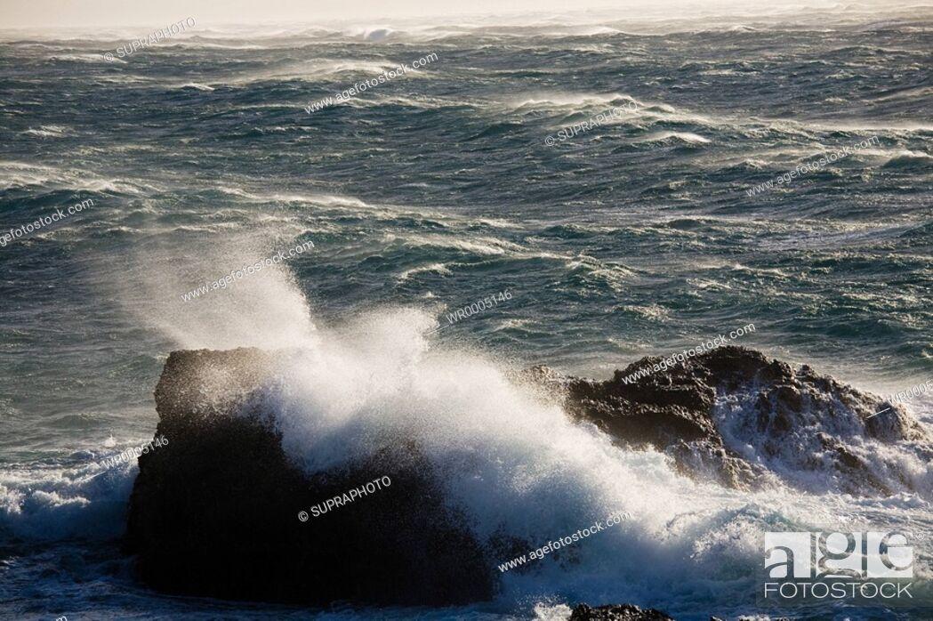 Stock Photo: Sea waves.