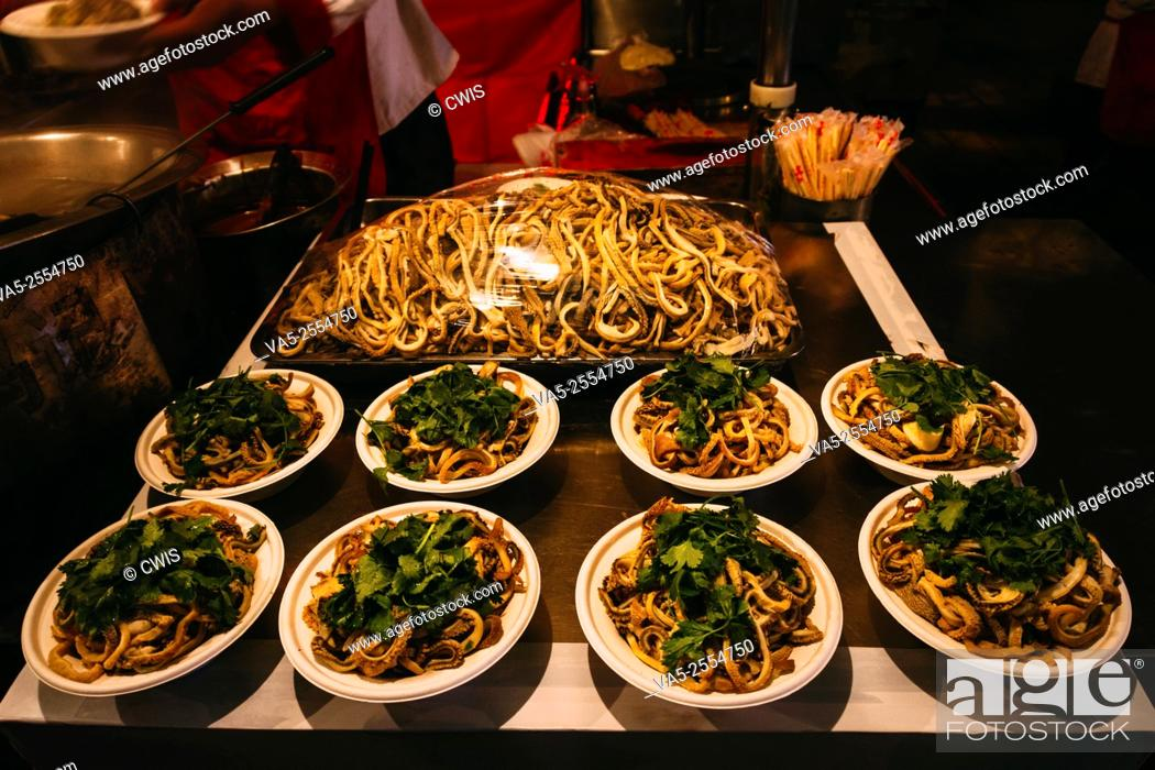 Imagen: Beijing, China - The view of the delicious traditional Beijing snack food.