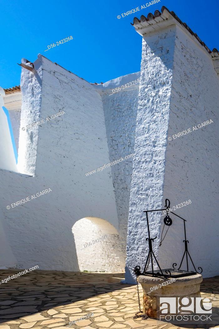 Imagen: Santa Lucia and San Benito Hermitage, Alcocebre, Castellon province, Spain.