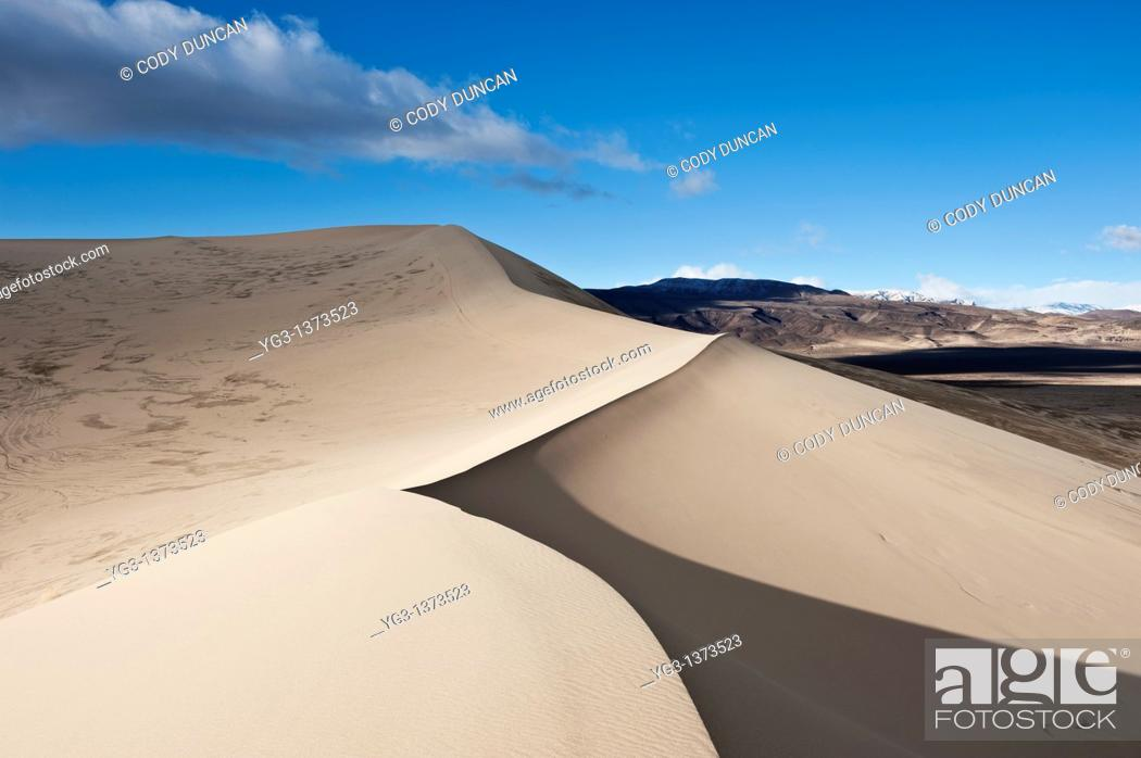 Stock Photo: Eureka dunes, Death Valley national park, California.