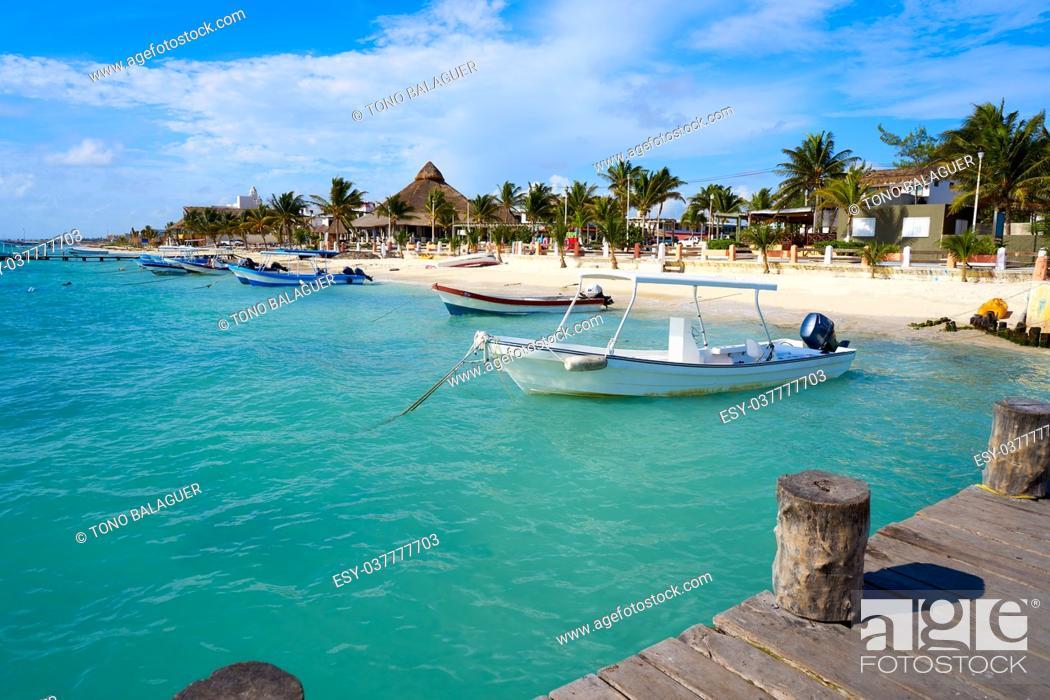 Stock Photo: Puerto Morelos beach in Riviera Maya at Mayan Mexico.