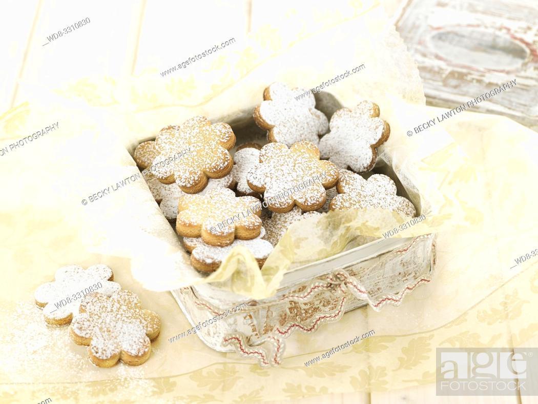 Stock Photo: como preparar crespells. parte de una serie: 6/6.