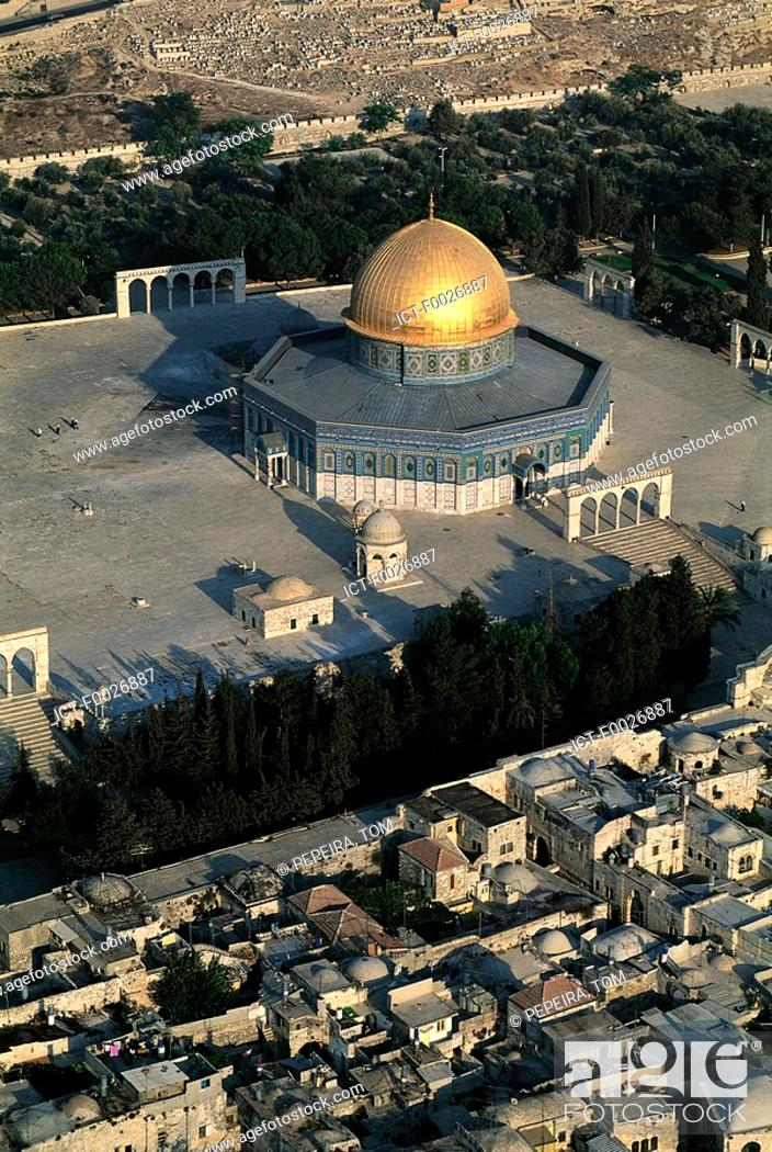 Stock Photo: Israel, Jerusalem, aerial view of the Dome of the Rock.