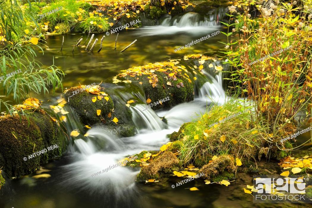 Stock Photo: Guadiela river in autumn. Beteta. Serranía de Cuenca. Cuenca province, Spain.