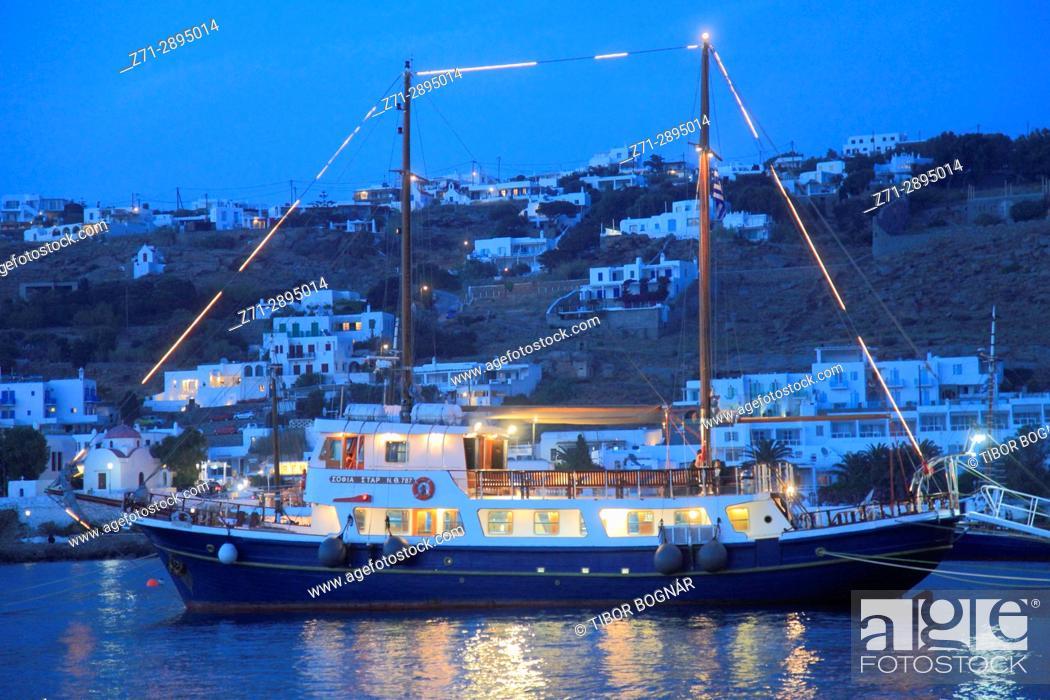 Imagen: Greece, Cyclades, Mykonos, harbour, sailing ship, .