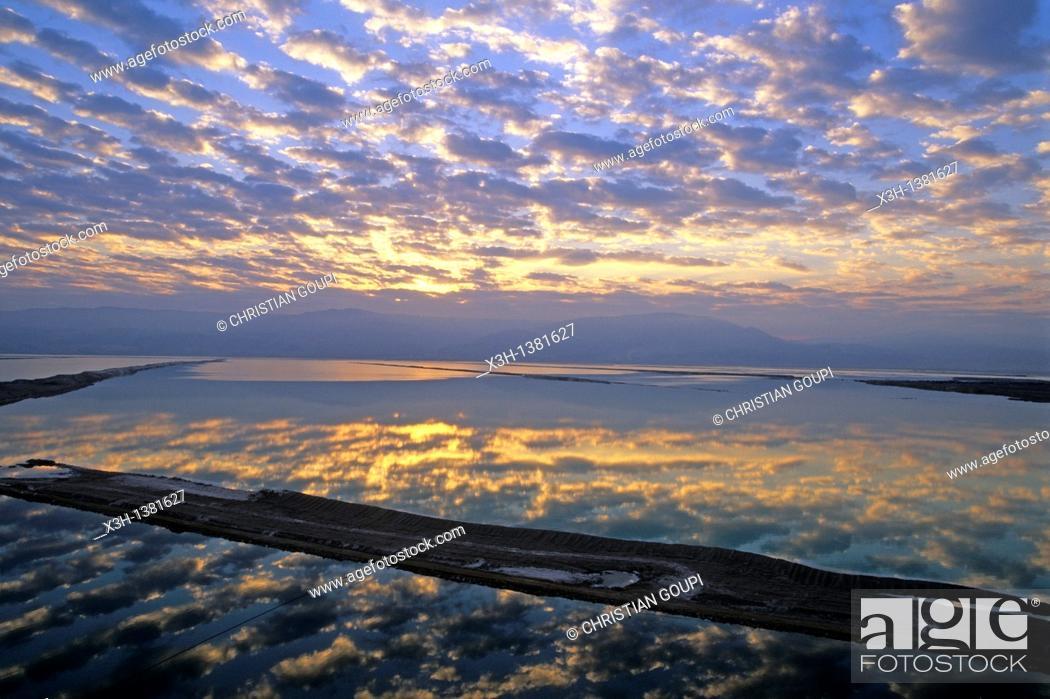 Stock Photo: sunrise on the Dead Sea, Israel, Middle East, Western Asia.