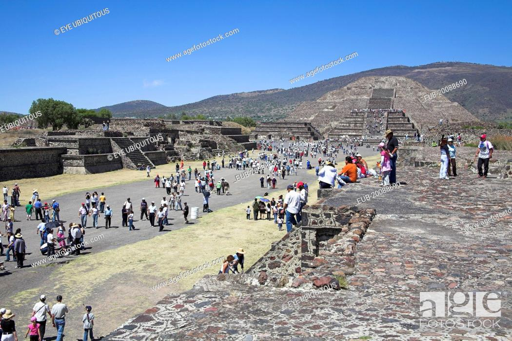 Stock Photo: Tourists, Pyramid of the Moon, Calzada de los Muertos, Teotihuacan Archaeological Site.