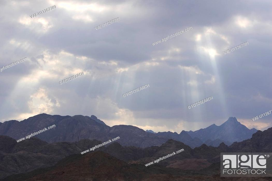 Stock Photo: Cloud, Generic Location, Day, Cloudscape, Arid Climate.
