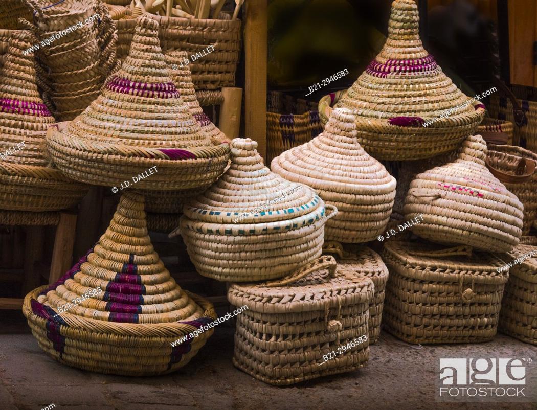 Stock Photo: Morocco, Fes, Handicraft, Handmade baskets.