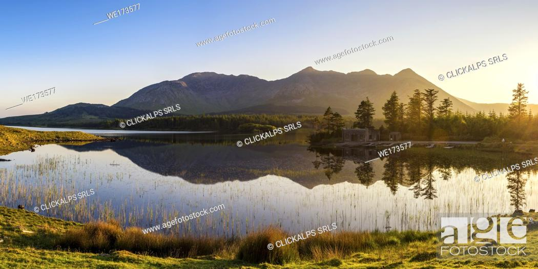 Stock Photo: Connemara, County Galway, Connacht province, Ireland, Europe. Lough Inagh lake.