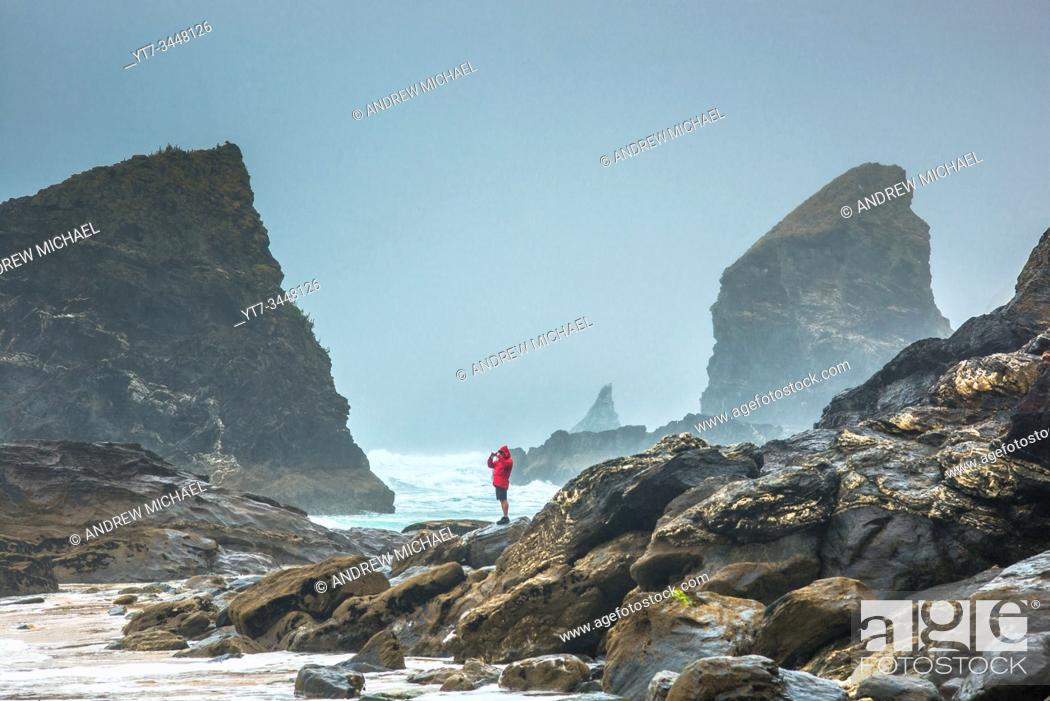 Stock Photo: Bedruthan Steps, near Newquay, Cornwall, England, Great Britain, UK.