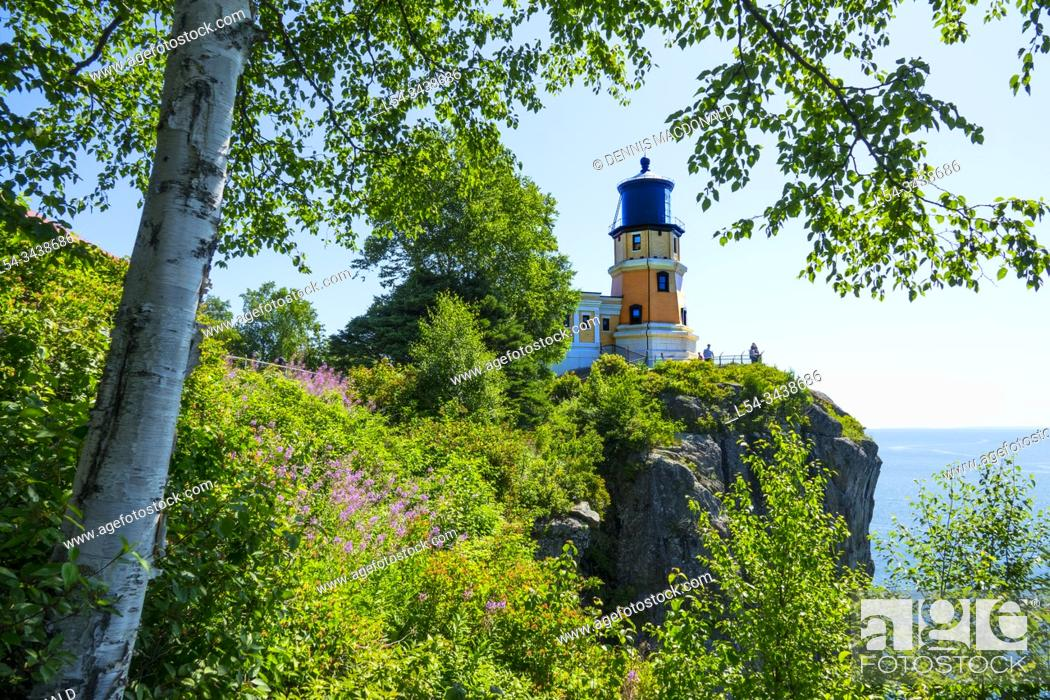 Stock Photo: Split Rock Lighthouse is a lighthouse located southwest of Silver Bay, Minnesota, USA on the North Shore of Lake Superior.