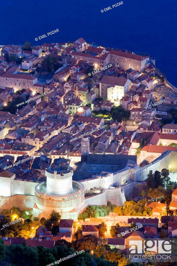 Stock Photo: Dubrovnik old town night view, Croatia.