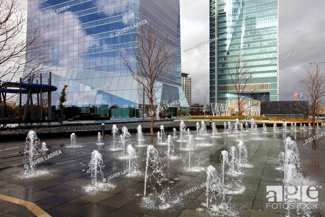 Stock Photo: Torre de Cristal y Torre Espacio, CTBA, Cuatro Torres Business Area, Madrid, Spain.