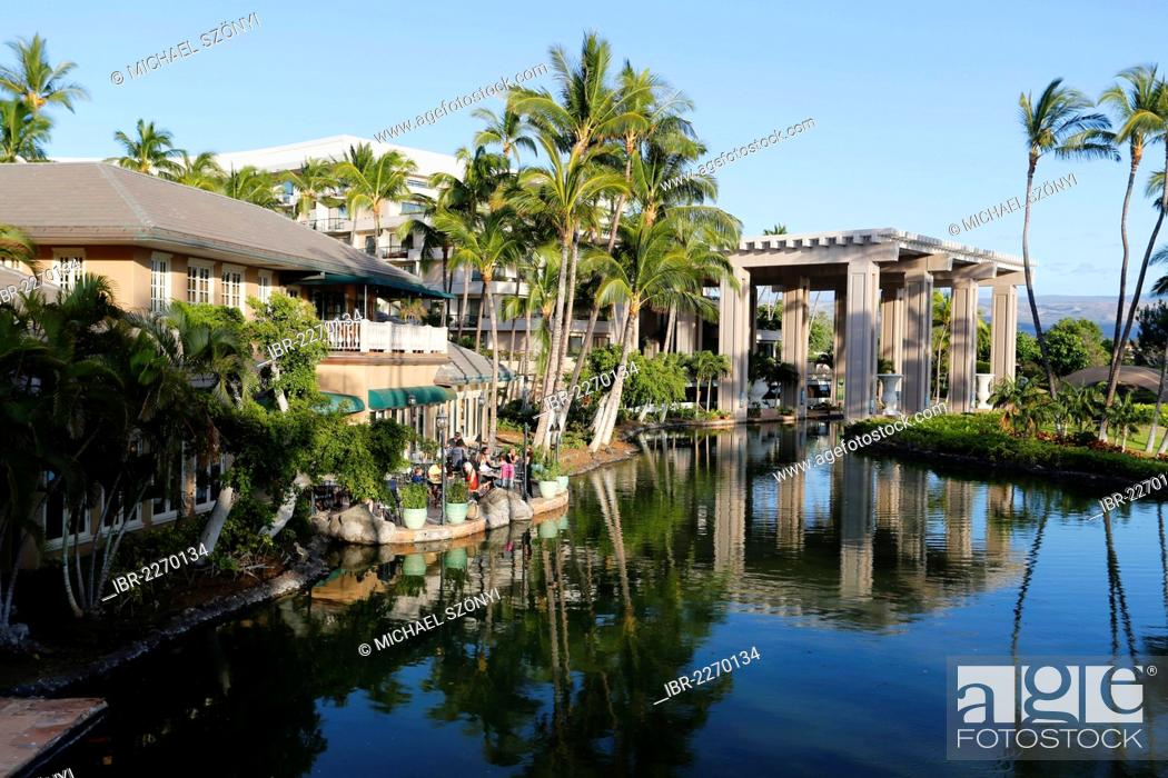 Restaurant And An Artificial Lake Hilton Waikoloa Village Hotel