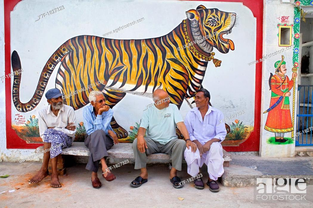 Stock Photo: Street scene,friends,Udaipur, Rajasthan, india.
