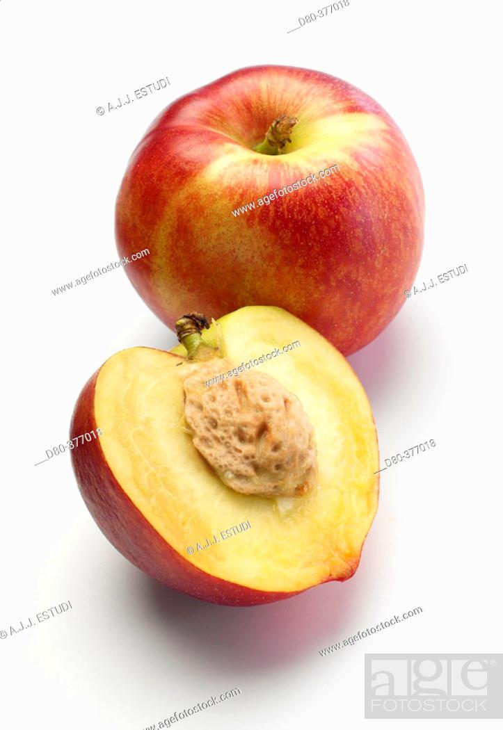 Stock Photo: Nectarines.
