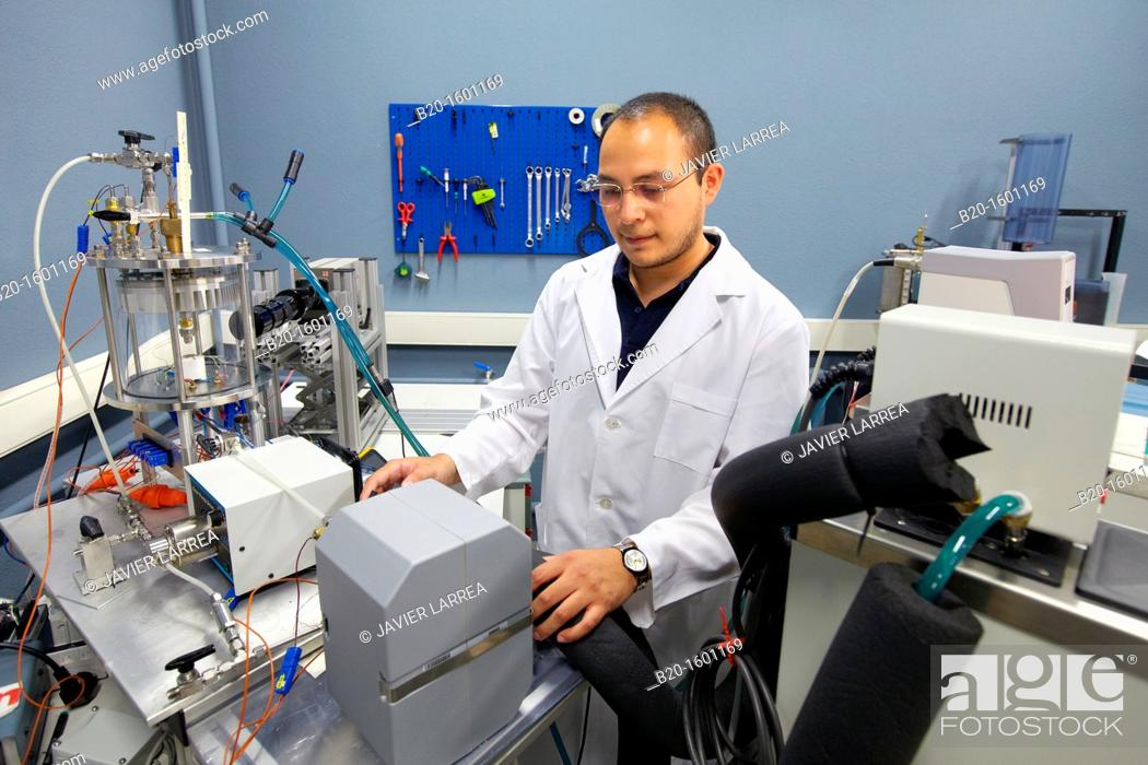 Stock Photo: Test bench 'Spray cooling' Characterization optimal cooling of electronic components using sprays, High speed camera, capturing images at 100.