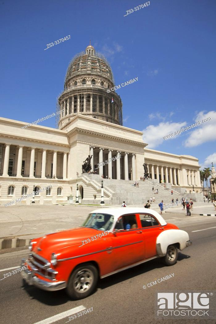 Stock Photo: Old American car used as taxi in front of the Capitolio building in Central Havana, La Habana, Cuba, West Indies, Central America.