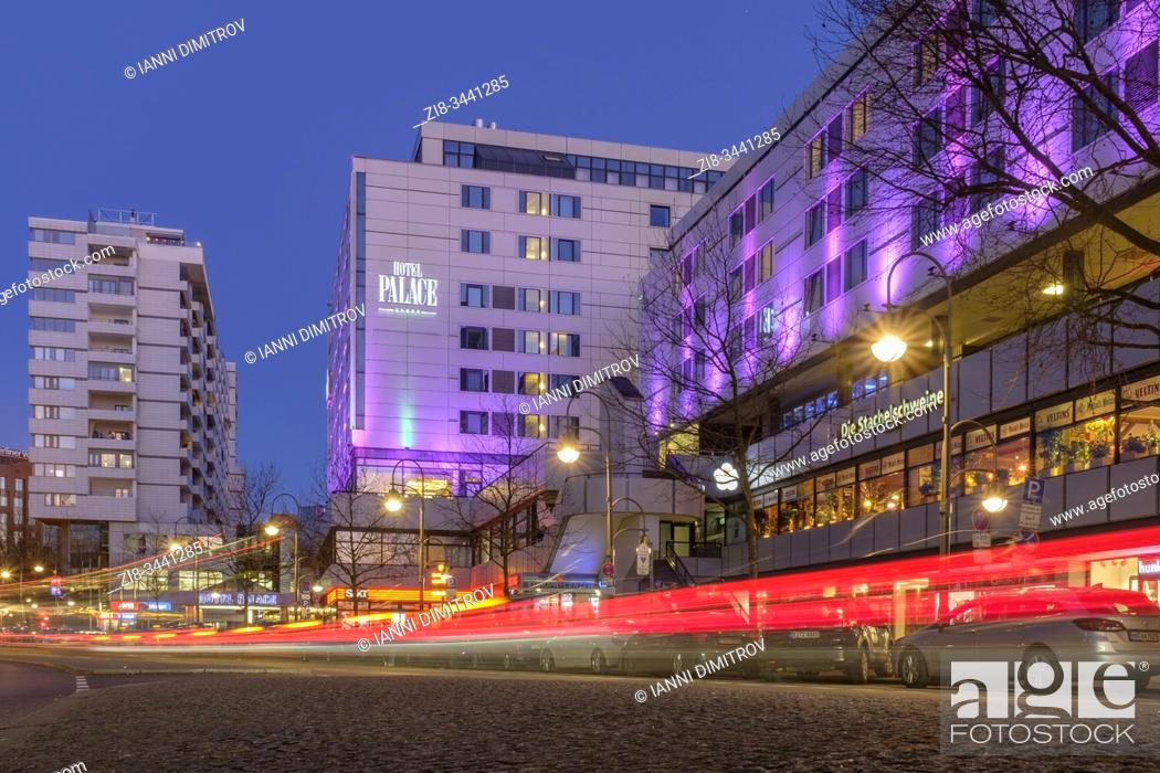 Stock Photo: Hotel Palace adjacent to a zoo, Budapester Strasse at night. Berlin, Germany.