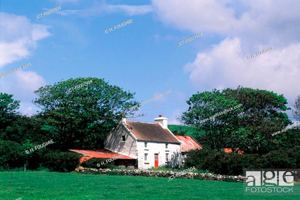 Stock Photo: Ireland, Cork County, Baltimore surroundings.