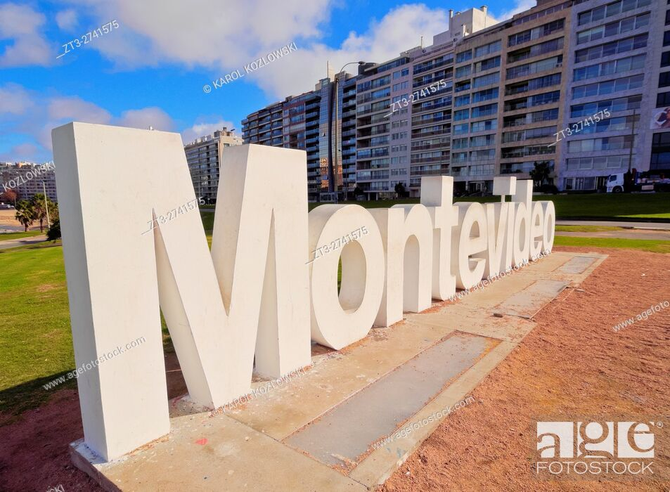 Stock Photo: Uruguay, Montevideo, Pocitos, View of the Montevideo Sign.