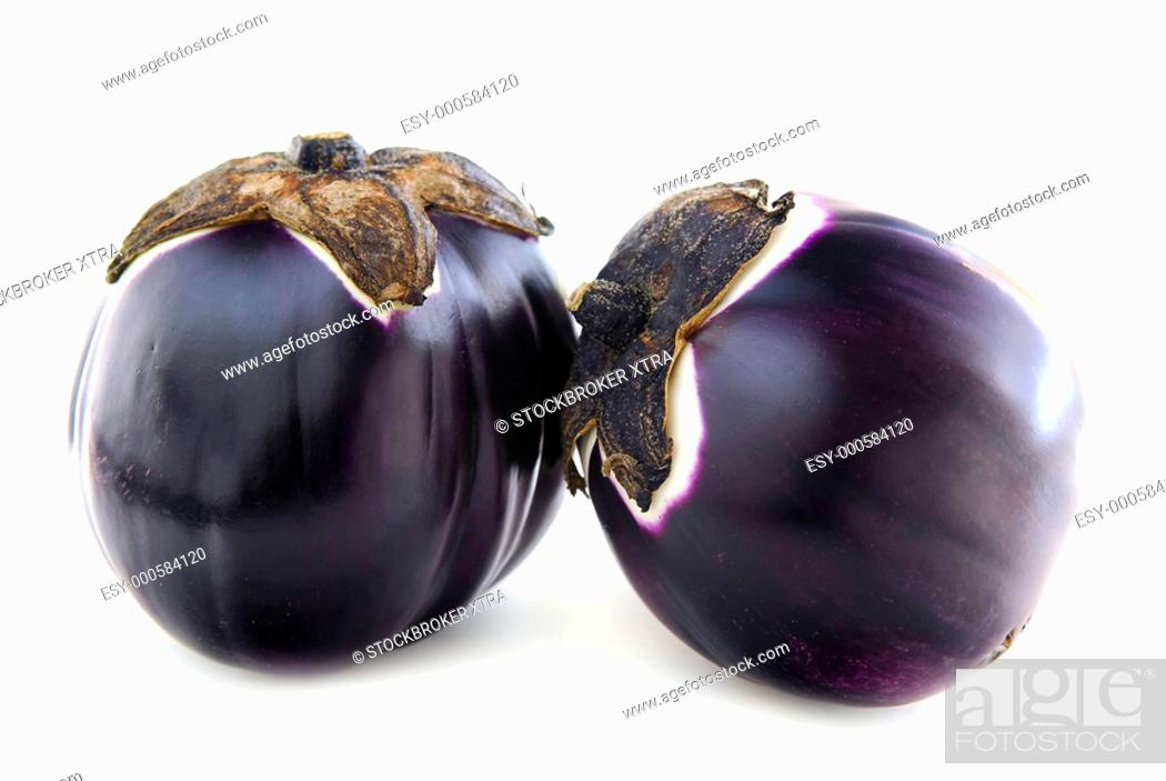 Photo de stock: Two round eggplants prosperosa isolated on white background.