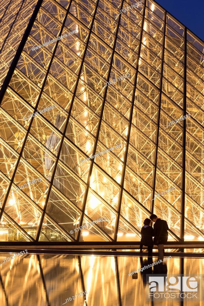 Stock Photo: The Pyramid entry, Louvre Museum, (architect = I M Pei), Paris, France.