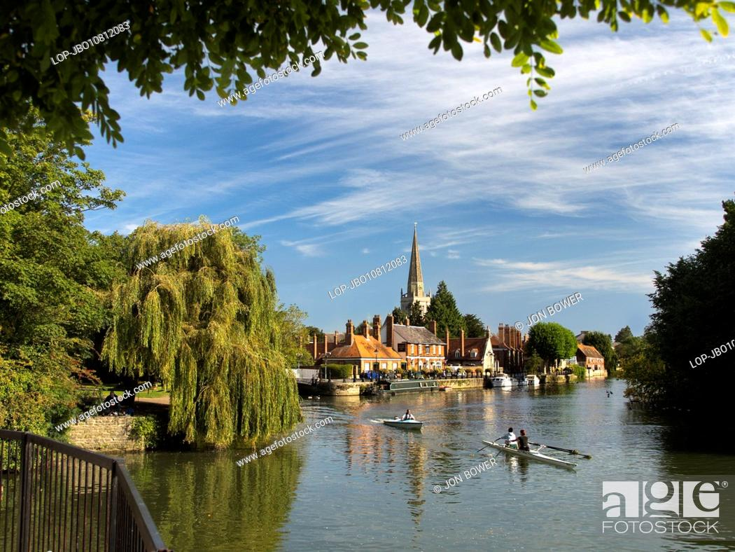 Stock Photo: Rowing practice at St Helen's Wharf in Abingdon-on-Thames.