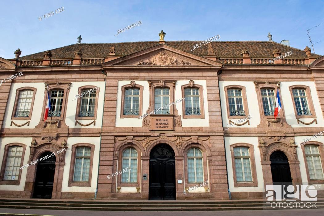 Photo de stock: France, Alsace, Colmar, Court of Bankruptcy, Le Conseil Souverain d'Alsace.