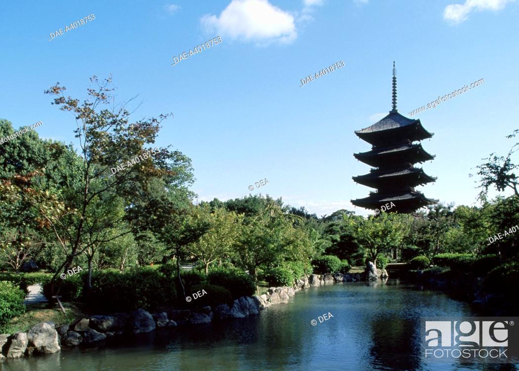 Stock Photo: Five story Pagoda of the Toji Buddhist Temple (Kyo-o-Gokoku-ji) in Kyoto (UNESCO World Heritage List, 1994), Kansai, Japan. Japanese civilization.