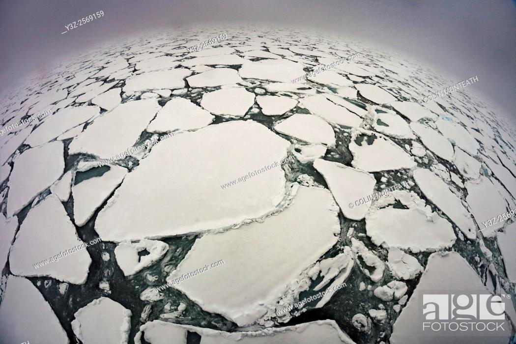 Imagen: Heavy pack ice , northern Ross Sea, Antarctica.