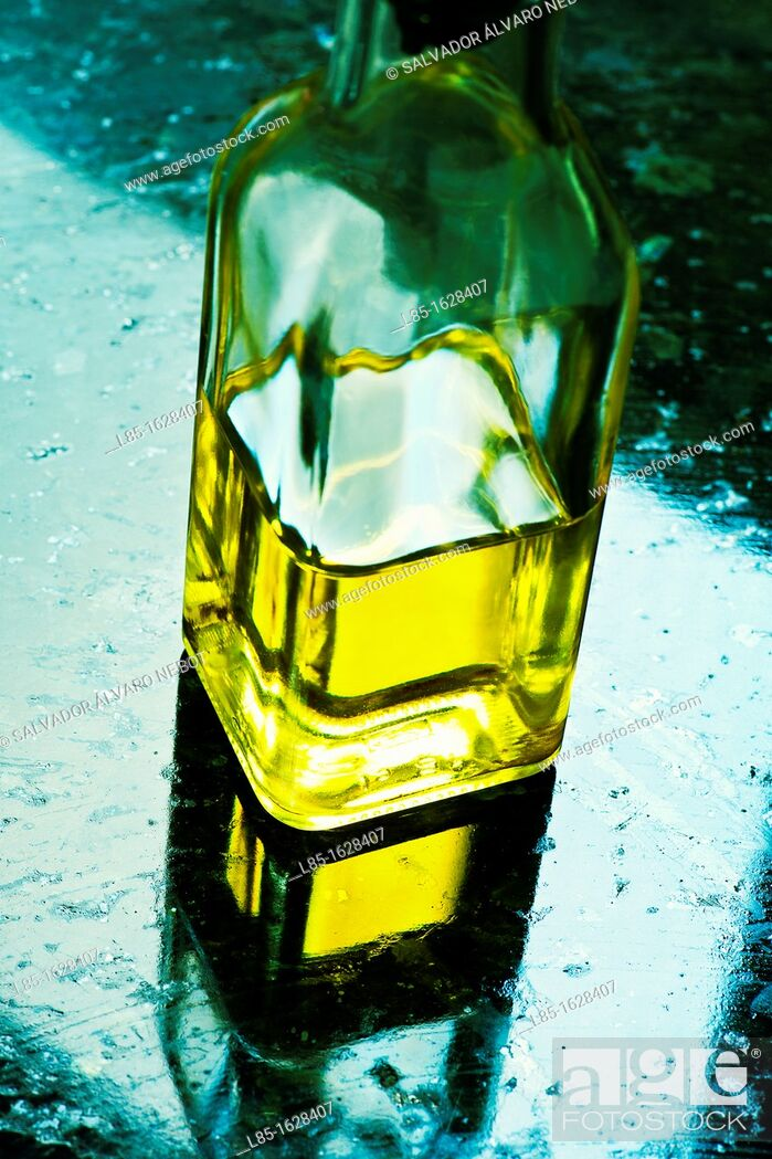Stock Photo: Detail of an oil.