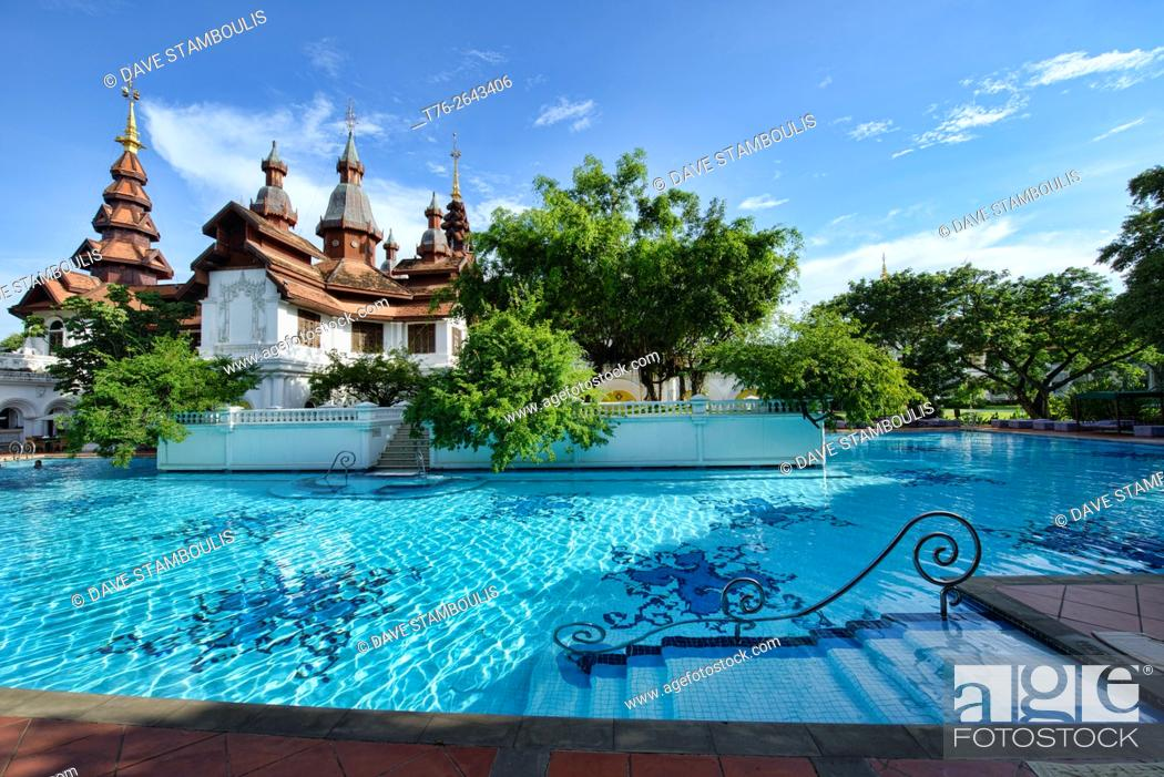 Imagen: Gorgeous swimming pool at the opulent Dhara Dhevi, Chiang Mai, Thailand.