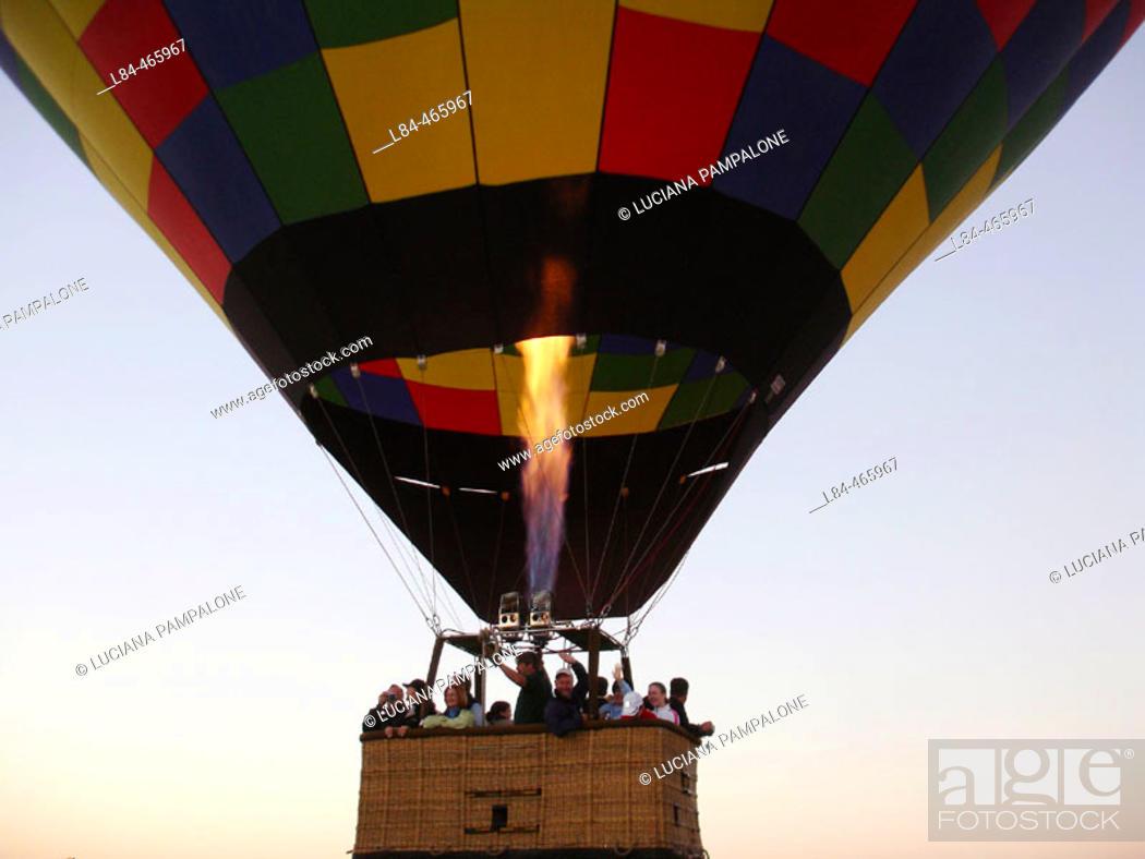 Stock Photo: Ballooning.