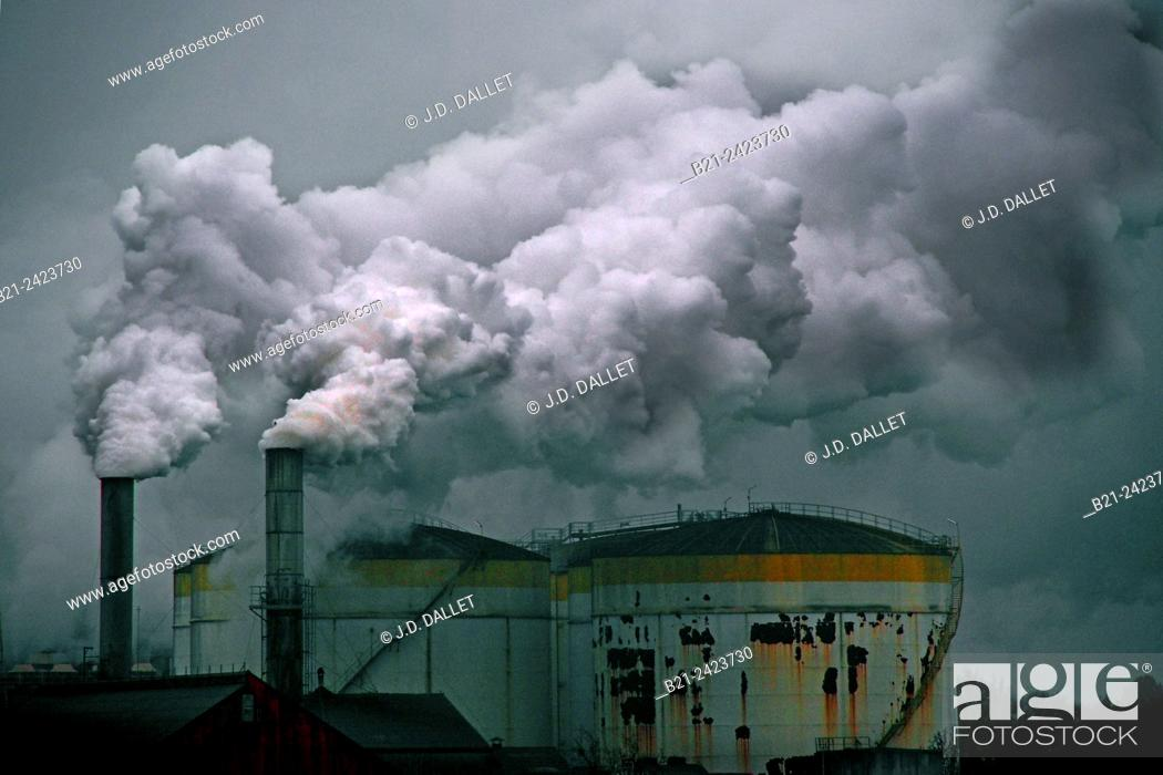 Stock Photo: Sugar beet factory at Roye, Picardy, France.