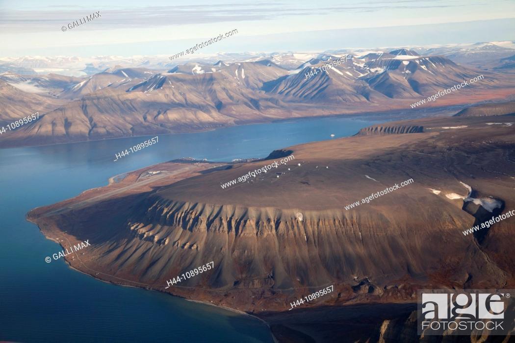 Imagen: Arctic, arctic ocean, Barents Sea, Antarctic Ocean, island, isle, island group, aerial photo, sea, north, Norway, Europe, polar.