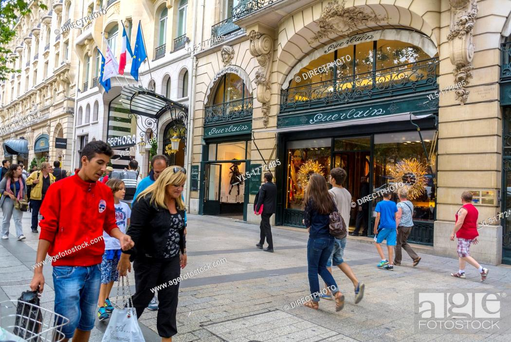 Imagen: Paris, France, People Shopping on the Avenue Champs Elysees, Guerlain French Perfumes, Store Front.