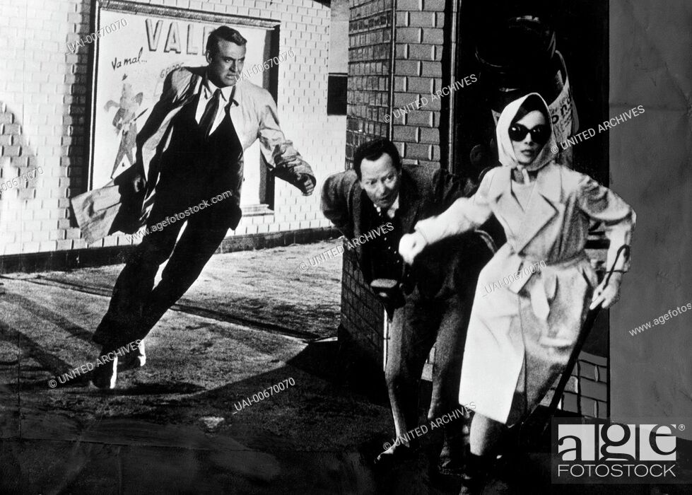 Stock Photo: CHARADE USA 1963 Stanley Donen CARY GRANT, AUDREY HEPBURN Regie: Stanley Donen / CHARADE USA 1963.