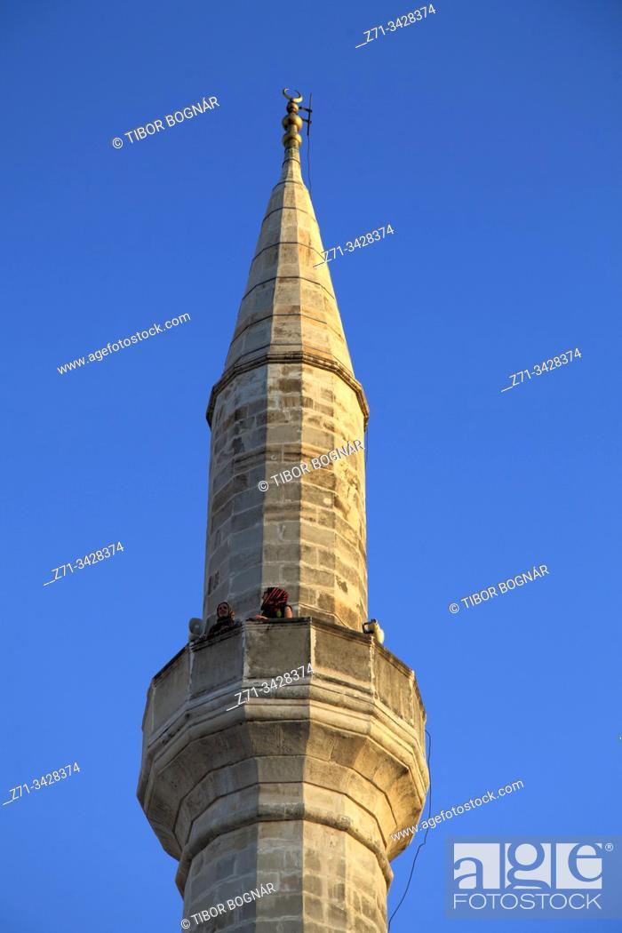 Imagen: Bosnia and Herzegovina, Mostar, Koski Mehmed Pasha Mosque, minaret.