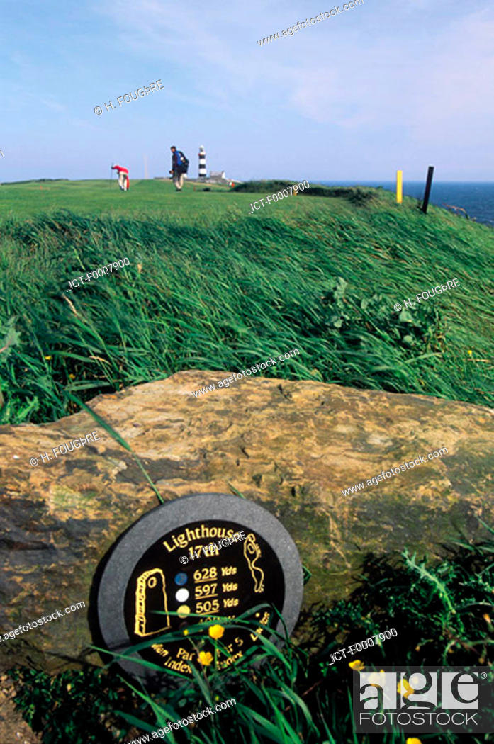 Stock Photo: Ireland, Kinsale, Old Head, golf course.