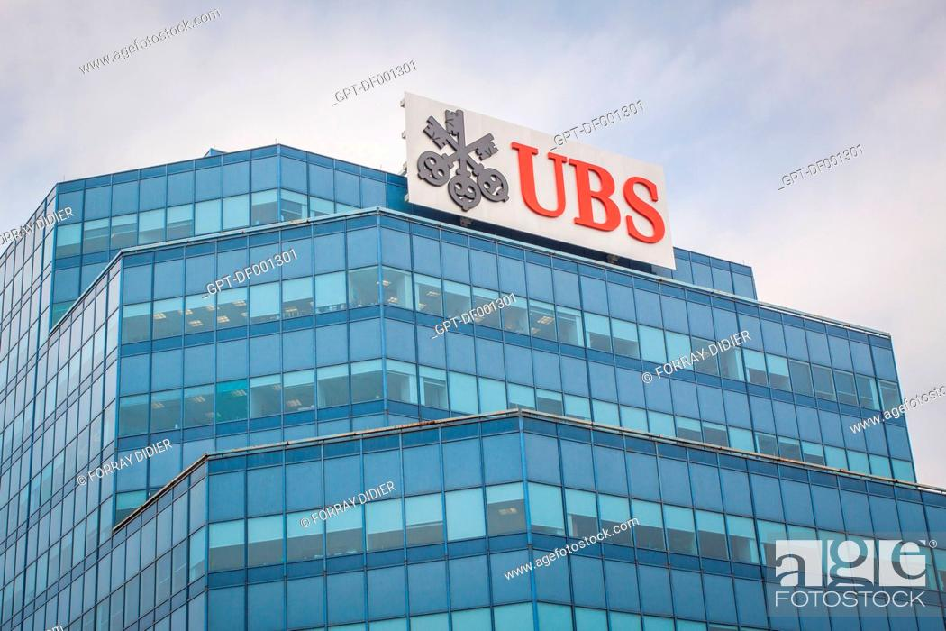 FACADE OF THE HEADQUARTERS OF THE SWISS BANK UBS IN