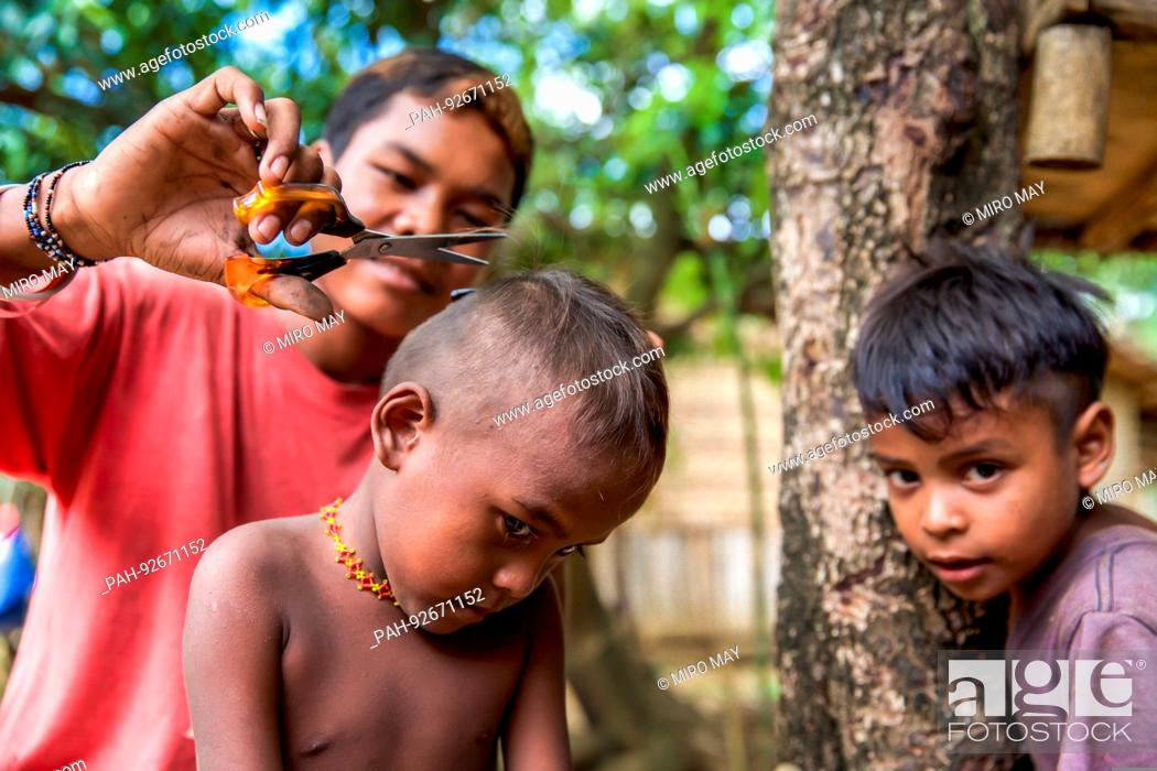 Stock Photo: Mindanao is the second largest island of the Philippines and the southernmost. The indigenous peoples of the province are the Ata Manobo.